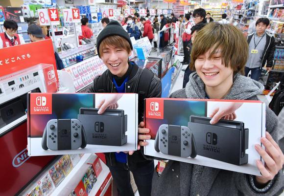 No Japão, o Nintendo Switch está vendendo três vezes mais rápido que o PlayStation 4