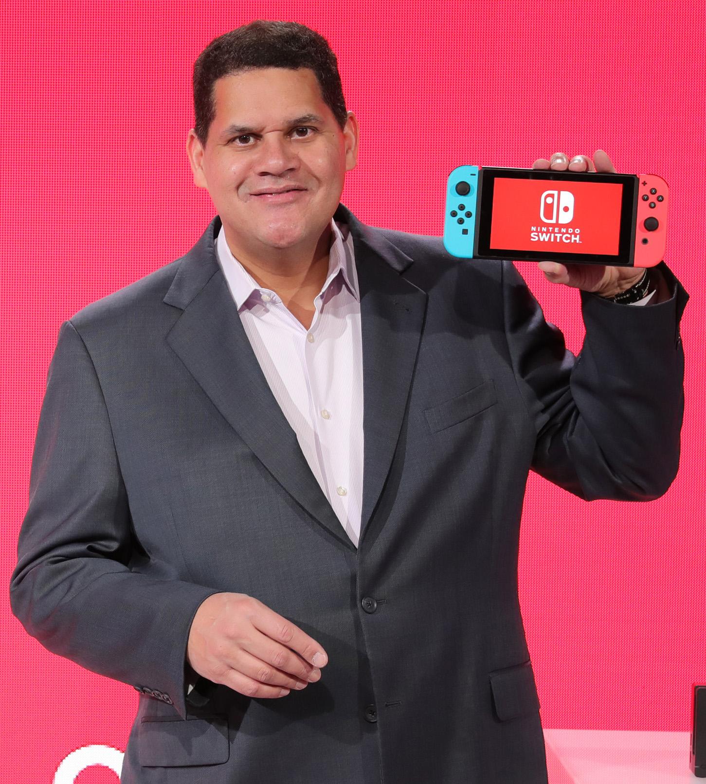 Em entrevista, Reggie Fils-Aime fala sobre o primeiro ano do Switch, Nintendo Switch Online, third party e mais