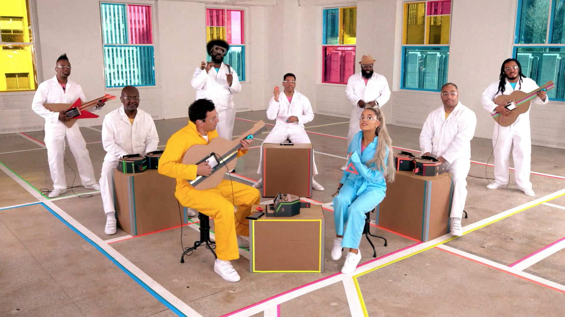 [Curiosidade] The Roots, Ariana Grande e Jimmy Fallon se juntam para gravar um clipe utilizando o Nintendo LABO