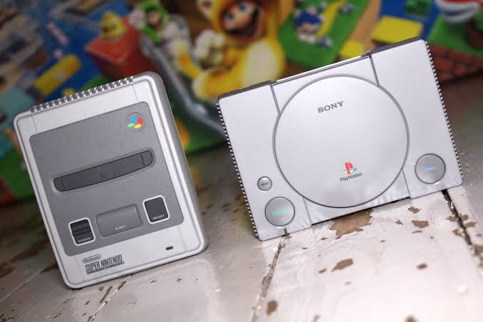 O SNES Classic Edition roda jogos de PS1 melhor que o PlayStation Classic