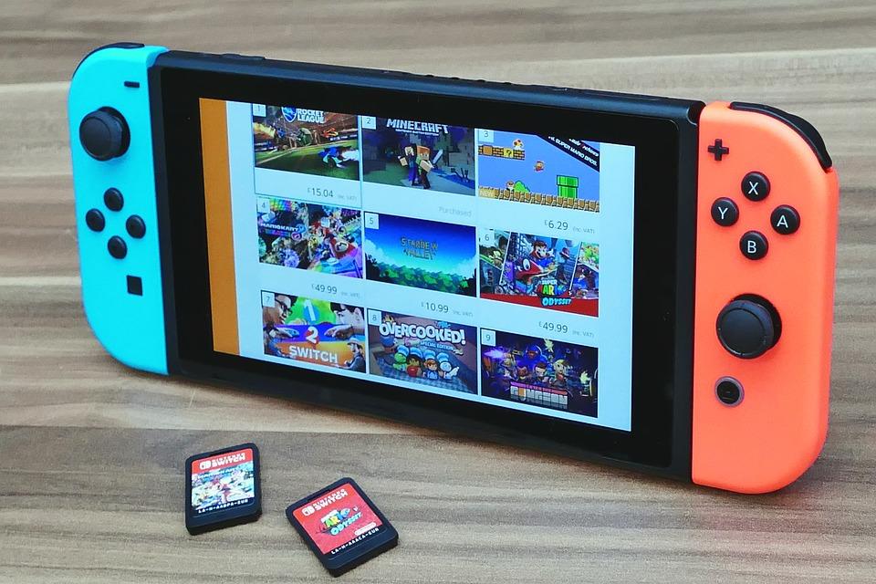 Reino Unido: Graças ao Switch, vendas de jogos físicos cresceram 90,1% no ano de 2018 em relação a 2017