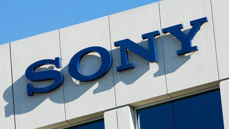 """Wall Street Journal: Artigo sobre PS5 revela que as desenvolveras menores se sentem """"desprezadas"""" pela Sony, em contraste com a Nintendo"""