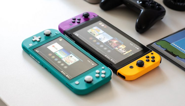 EUA: Em abril, o Nintendo Switch vendeu mais de 800.000 unidades, mais que o PS4 e Xbox One combinados